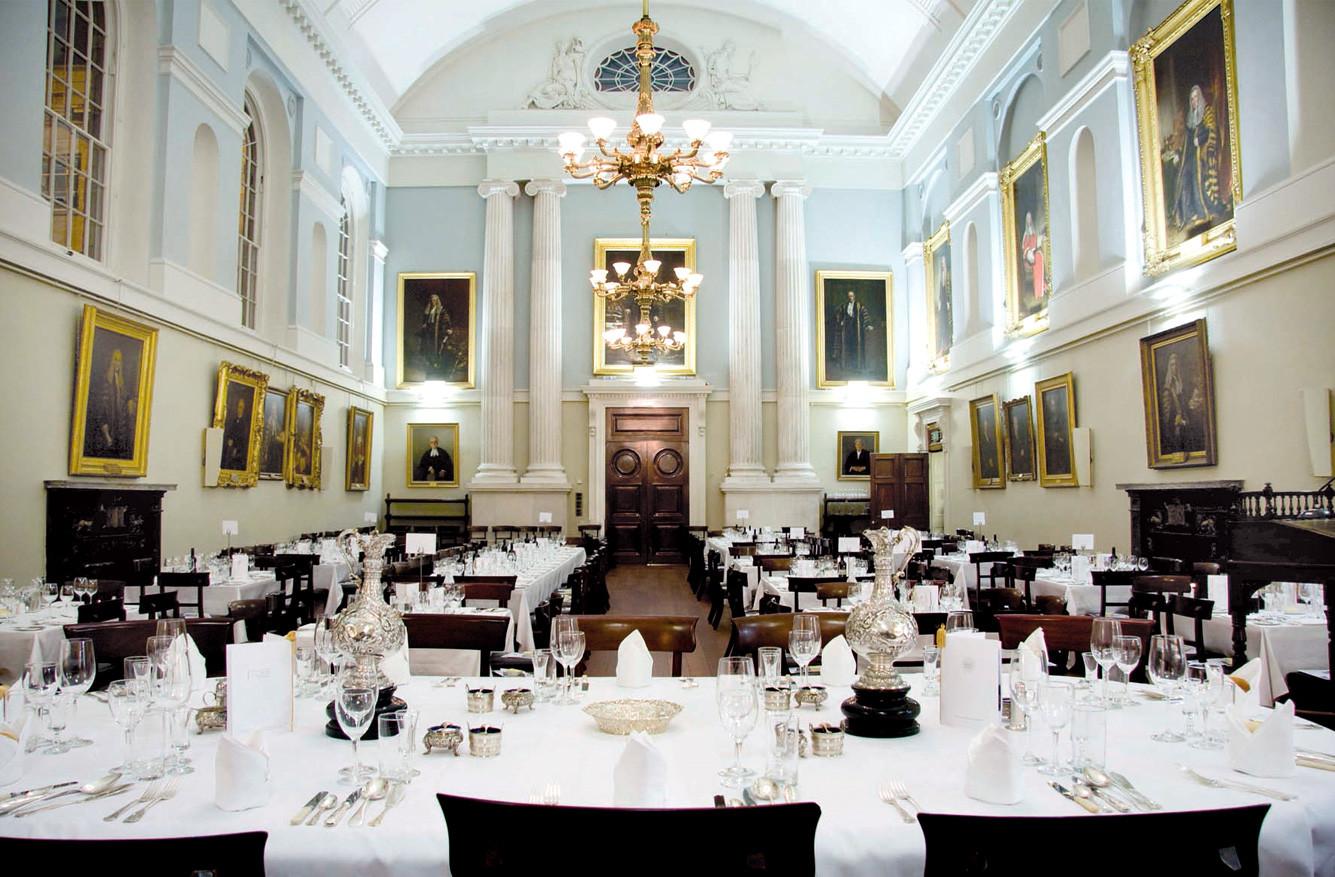 Members dining the honorable society of kings inns kings inn dzzzfo